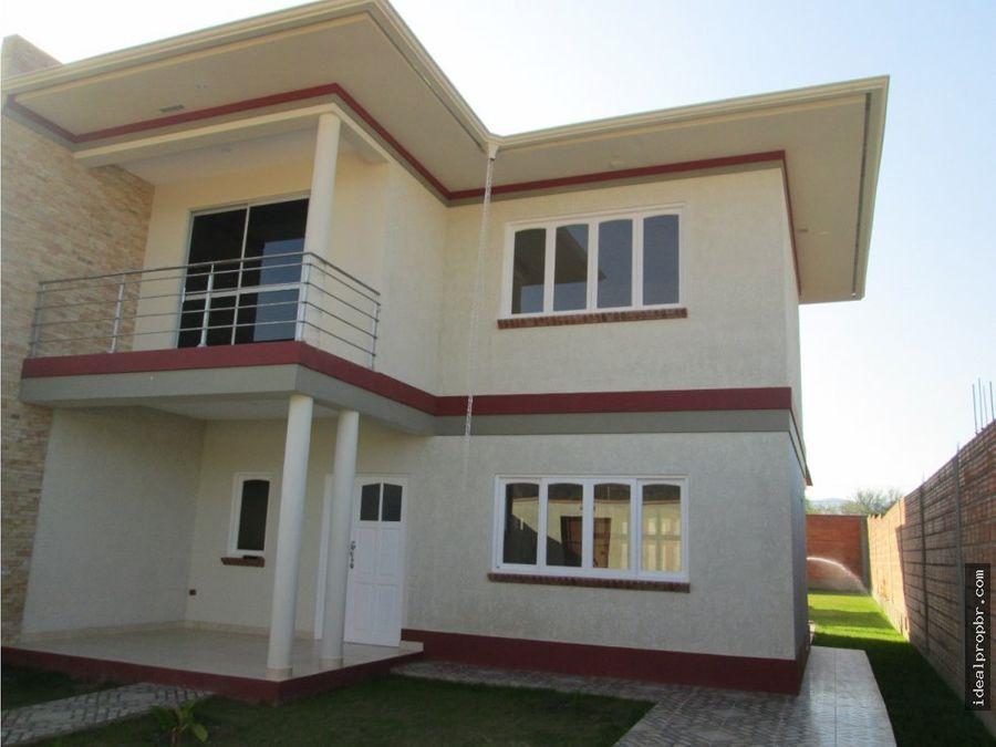 en venta casa en la victoria