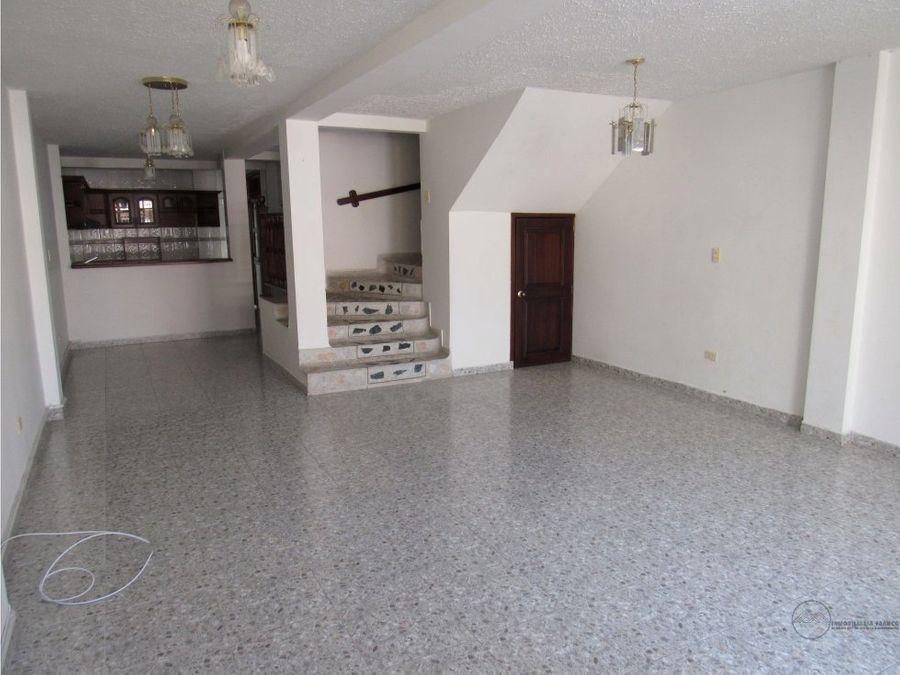 venta yo alquiler casa barrio centenario montenegro