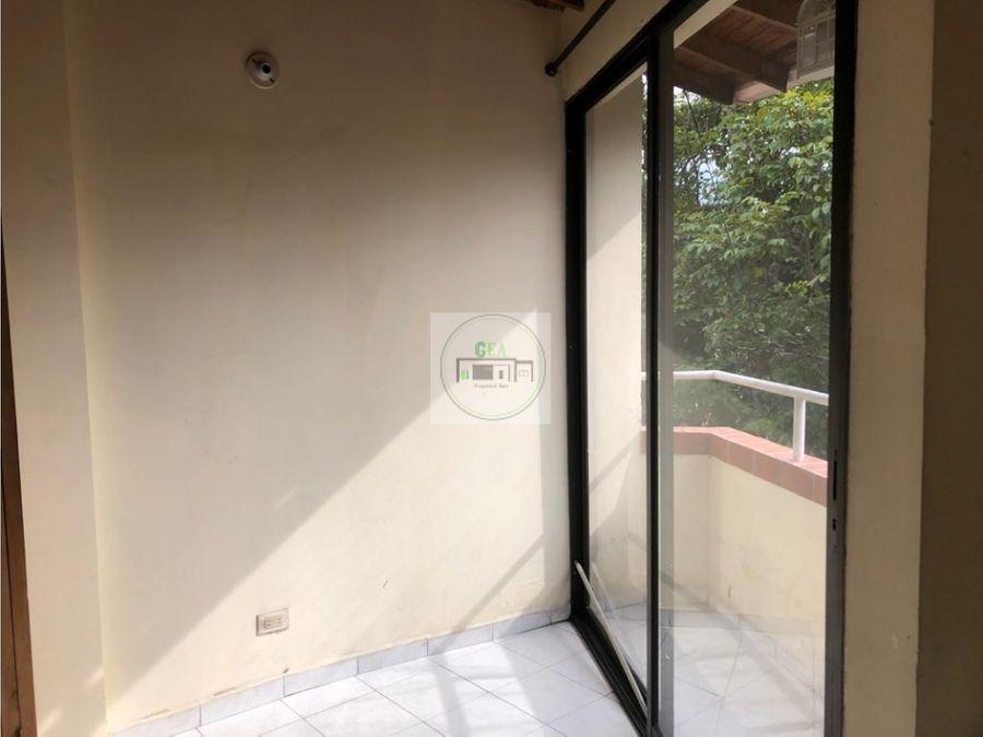 venta apartamento la floresta 220 millones 86 m2 c