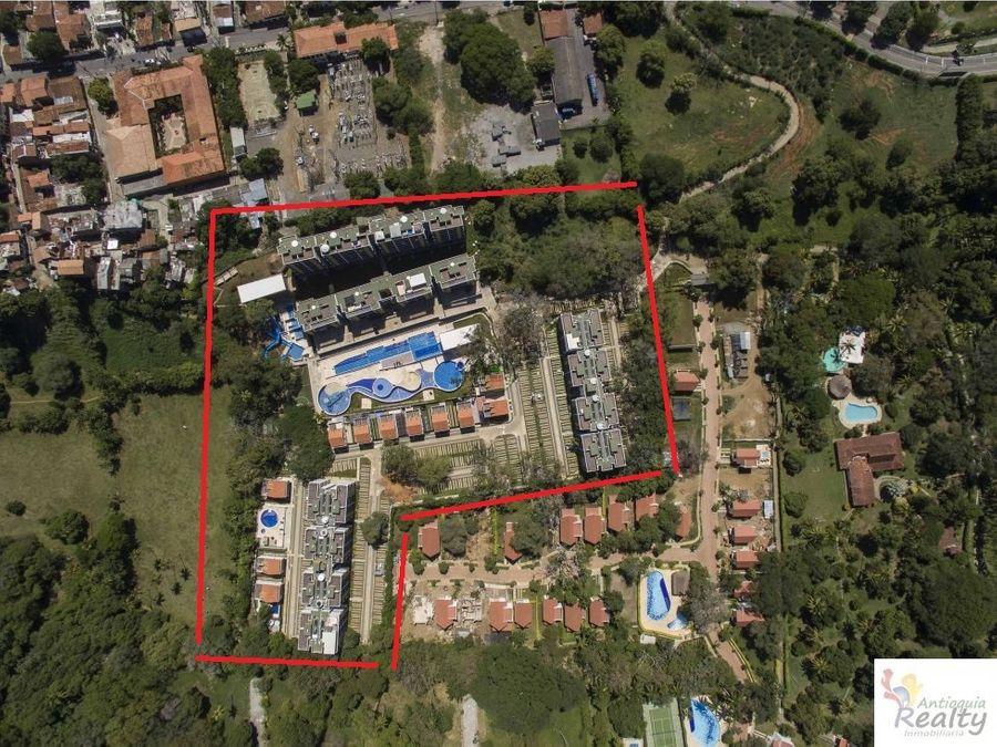 venta apartaestudio santafe de antioquia 165 millones 44 m2