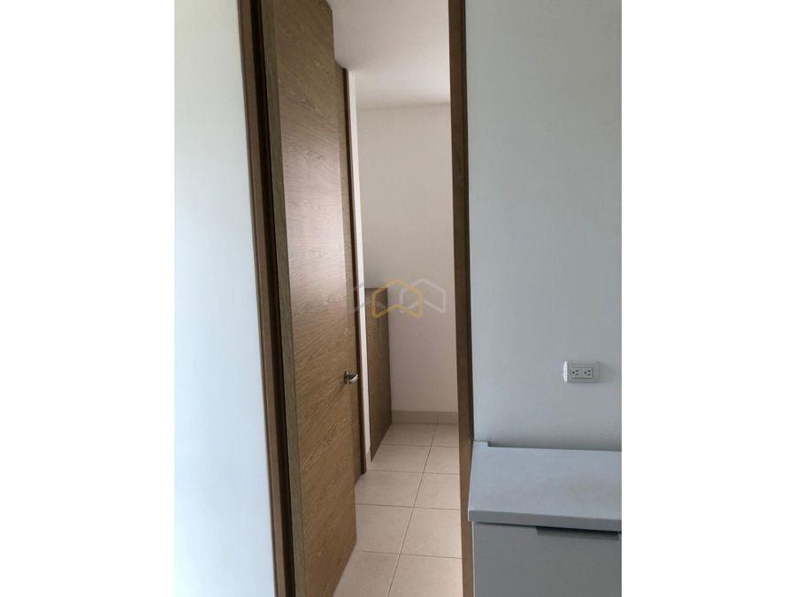 vendo espectacular apartamento cantagirone cinque