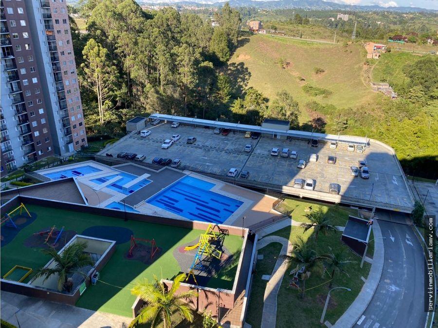 vendo apartamento con parqueadero manzanillos rionegro 57m2 185