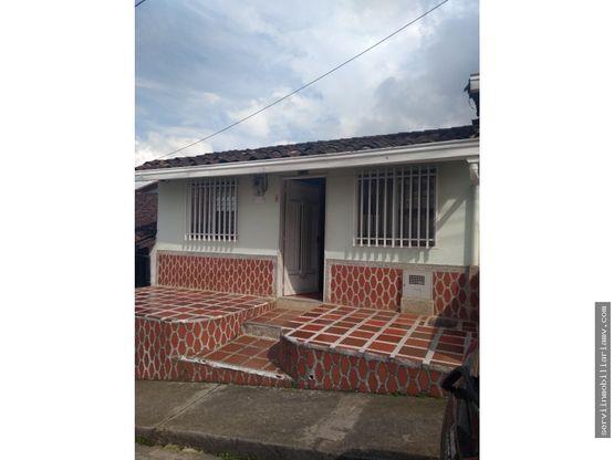 vendo casa con aire libre penol 144m2 400