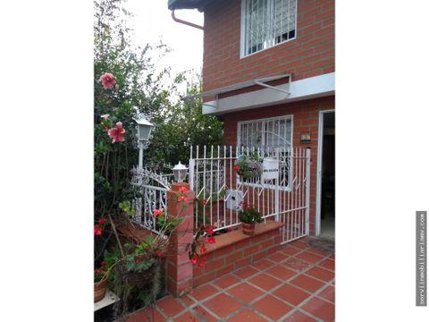 vendo hermosa casa unifamiliar en rionegro 380