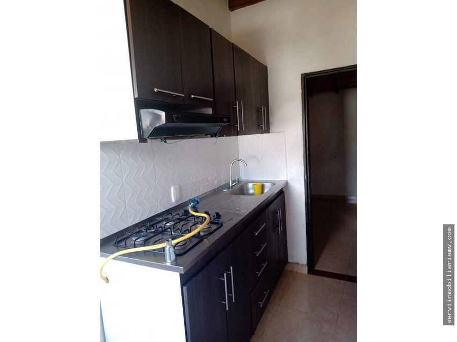 vendo casa central rionegro 5 apartamentos 400