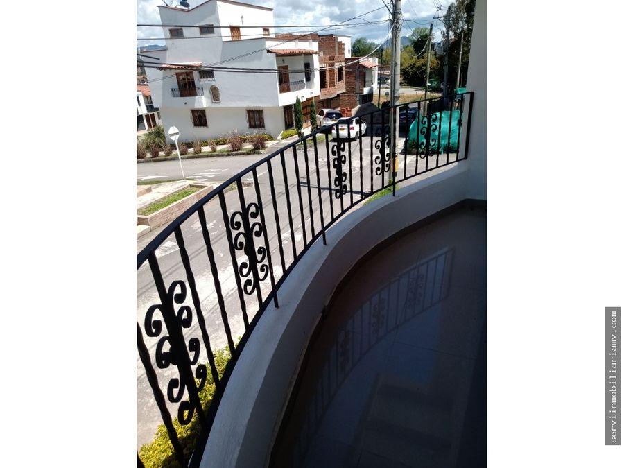 vendo casa 3 niveles rionegro 220m2 440