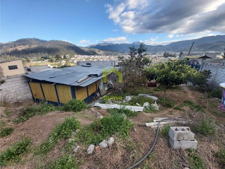 se vende terreno en otavalo con vivienda