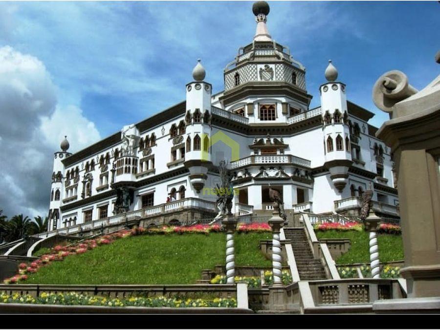 castillo hotel guachala en cayambe