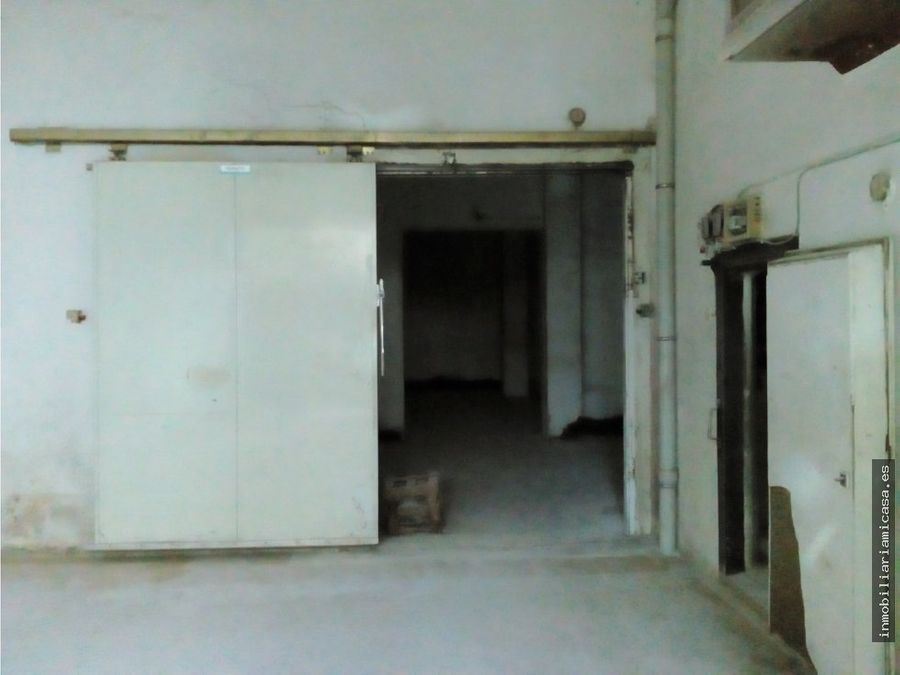 bajo comercial de 200 m2
