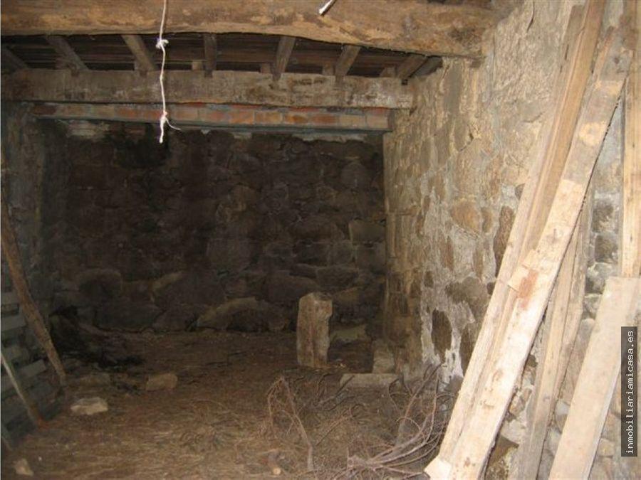 casa de piedra para restaurar