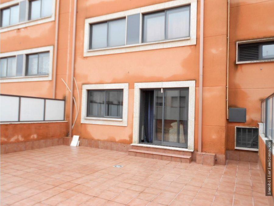 apartamento con amplia terraza