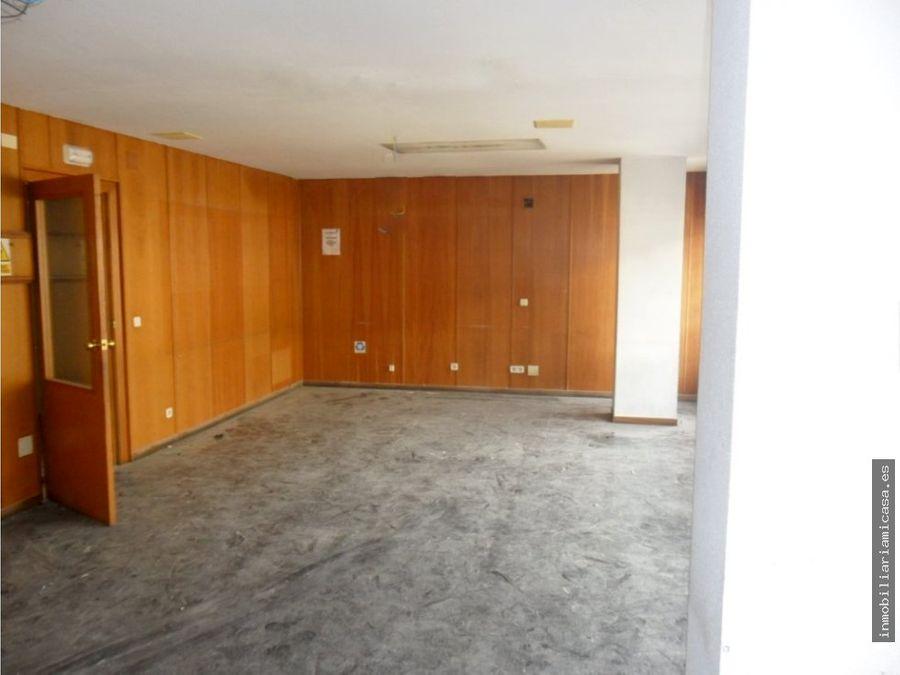 oficina amplia en alquiler