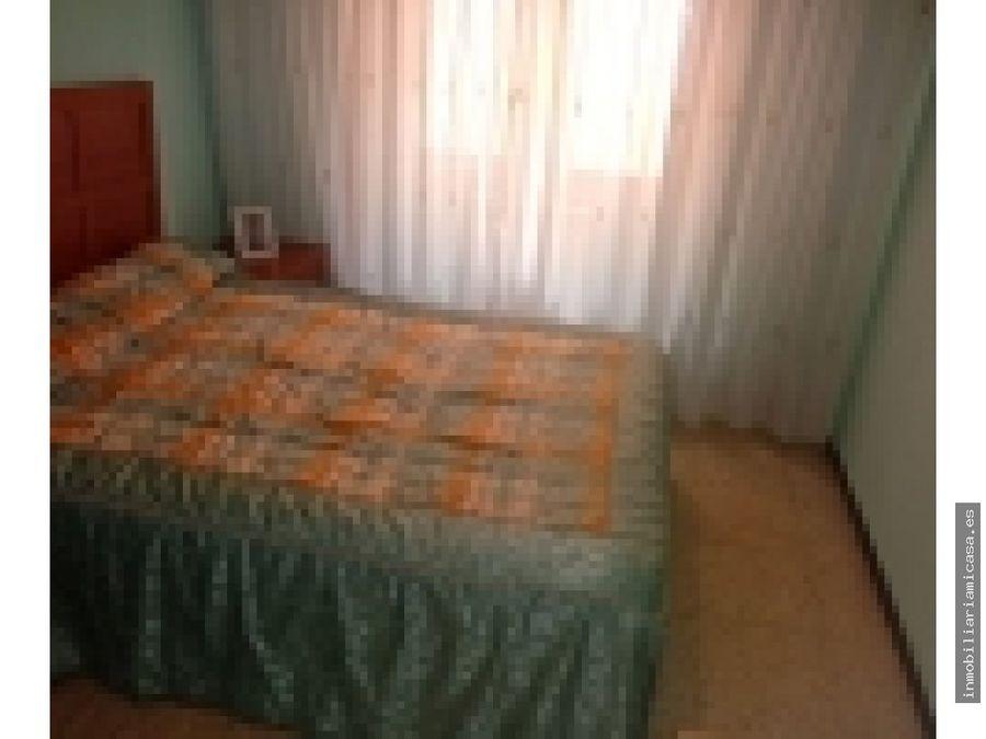 piso de cuatro dormitorios en pontevedra