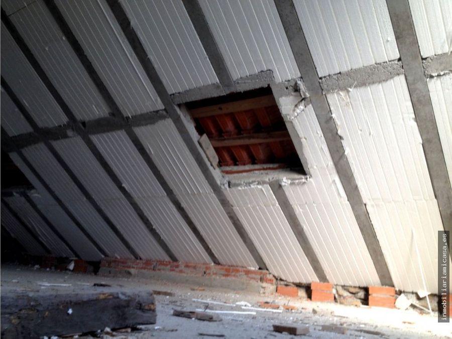 casa semi restaurada