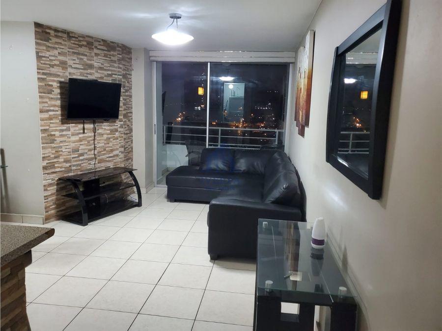 alquiler de amplio apartamento amoblado central park