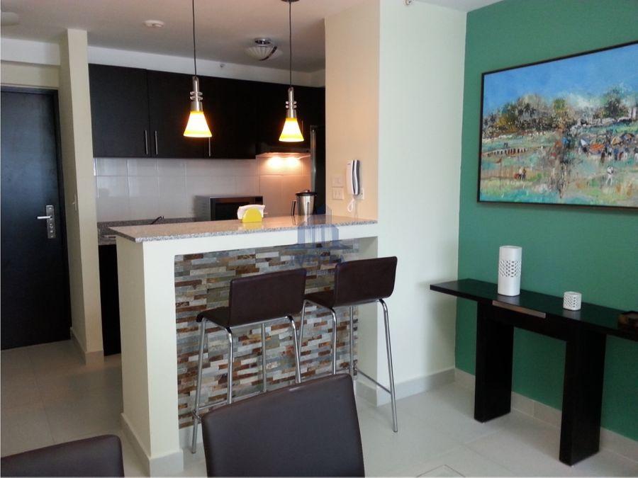 alquiler apartamento amoblado parque lefevre
