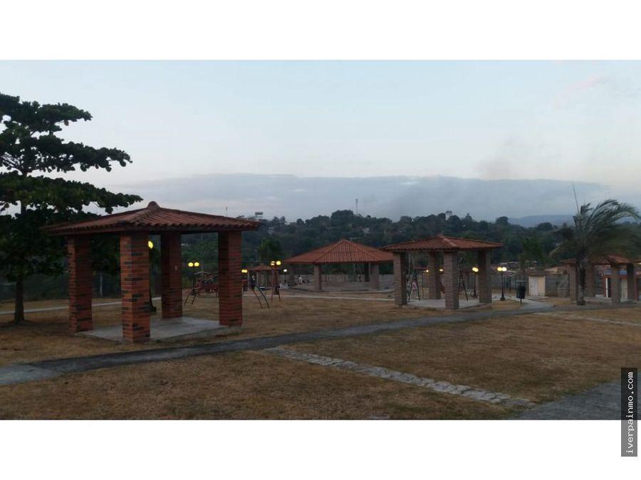 venta apartamento en villa zaita