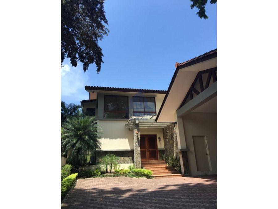 alquiler casa clayton