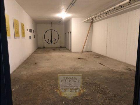 se alquila local comercial en casco antiguo 112 m2 lt