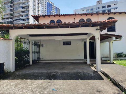 alquiler de casa duplex en marbella para uso comercial