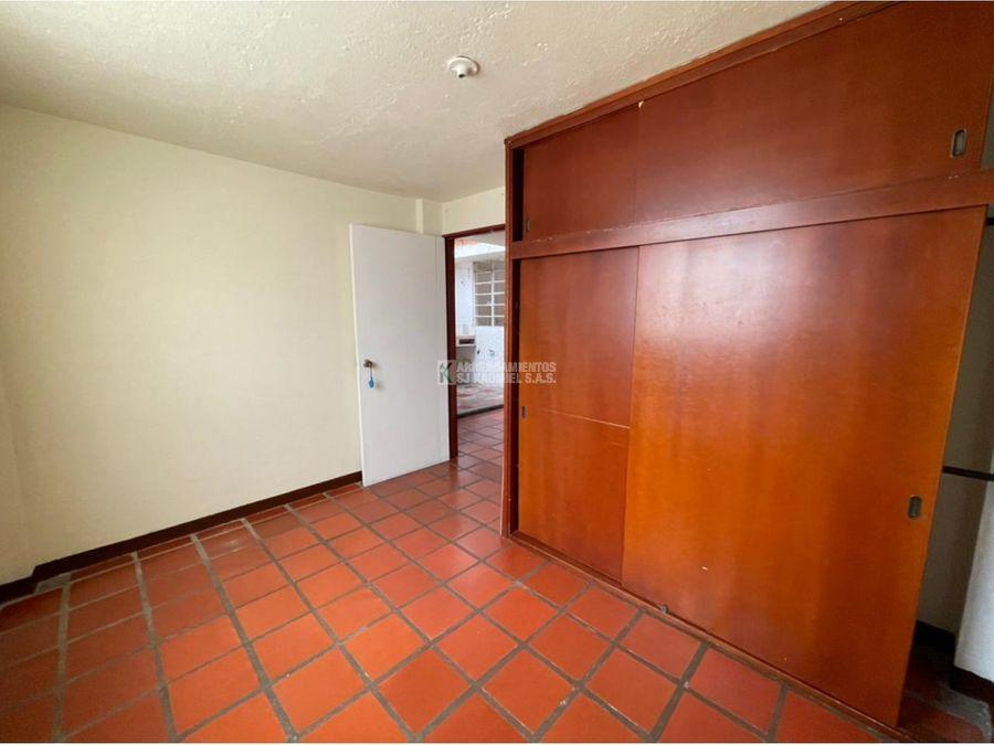 casa en arriendo manrique central 2 cod a15 188