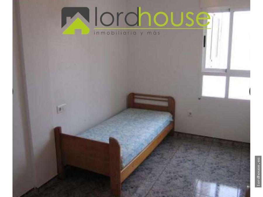 piso de tres dormitorios con vistas al campo