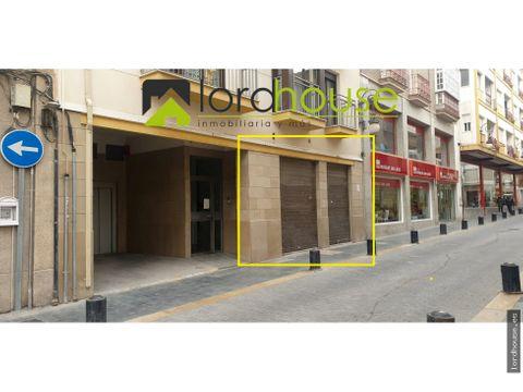 local comercial de 155m2 calle corredera