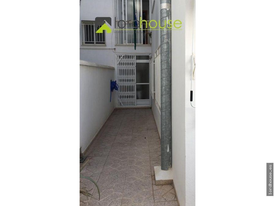 piso con garaje a 200m del ovalo