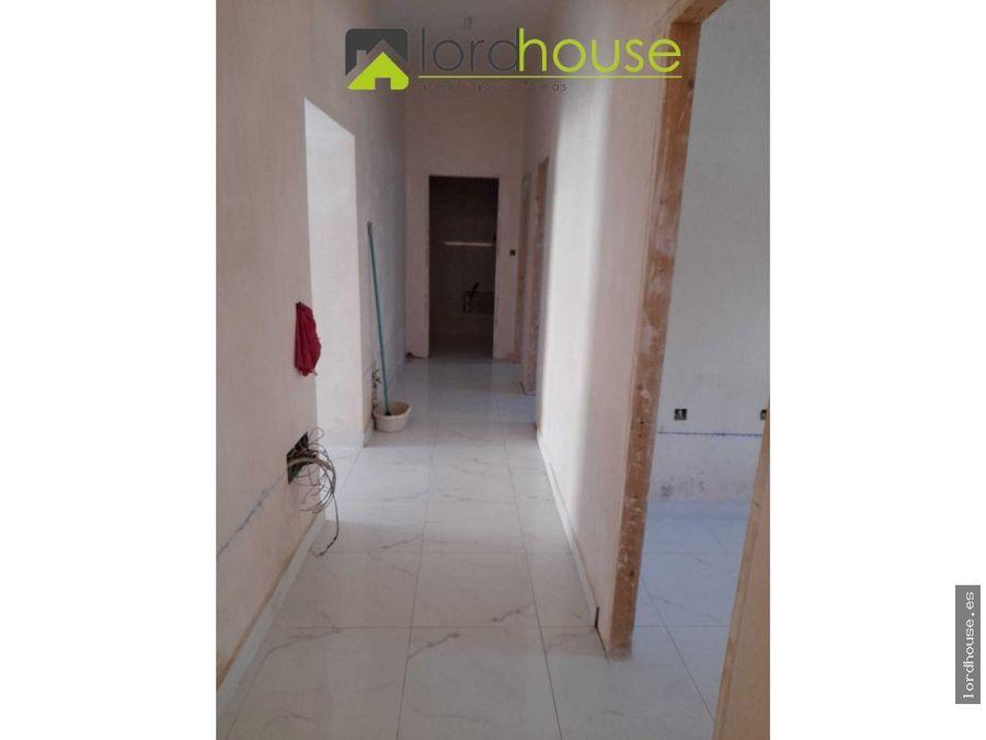 casa completamente reformada con tres dormitorios
