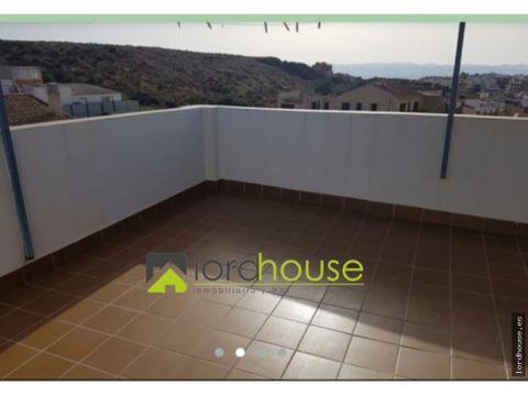 economico piso con chimenea y terraza