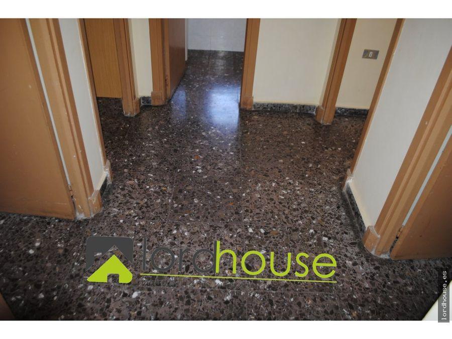 piso alameda de cervantes