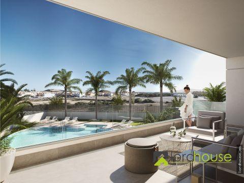 duplex de 4 dorm a 600m del mar con piscina