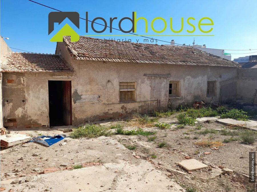 casa para restaurar en dip del rio