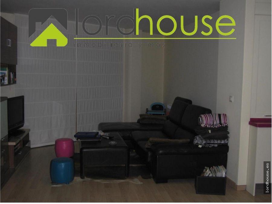 piso calle selgas con garaje y patio en lorca