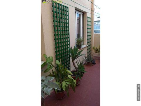 piso de 3 dormitorios con patio y balcon