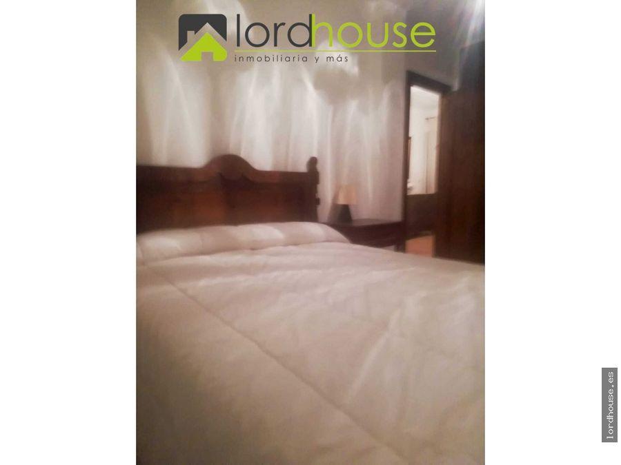 chalet con 5 dormitorios a 4km de purias