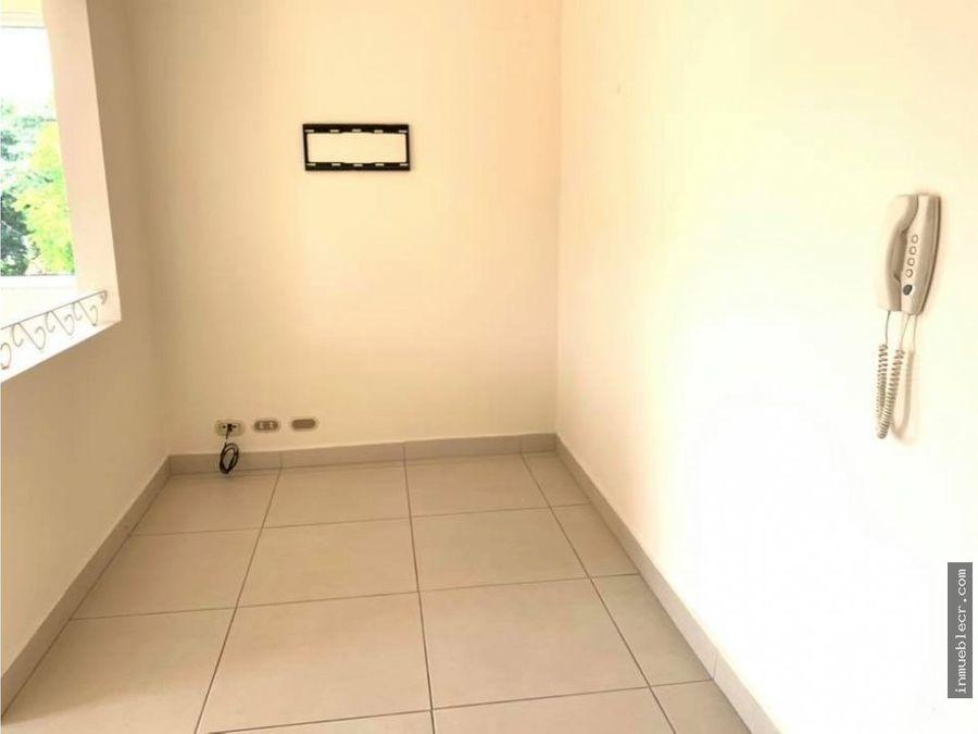 condominio con excelente ubicacion