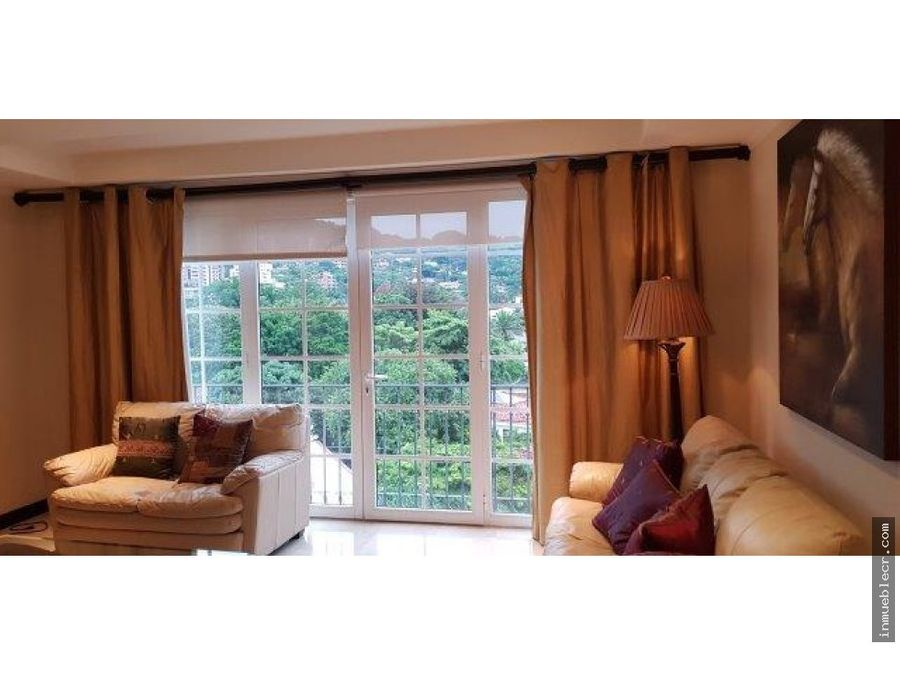 lujoso apartamento en el cortijo