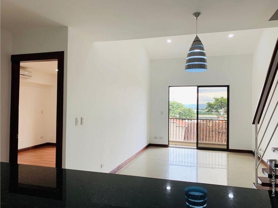 precioso apartamento duplex