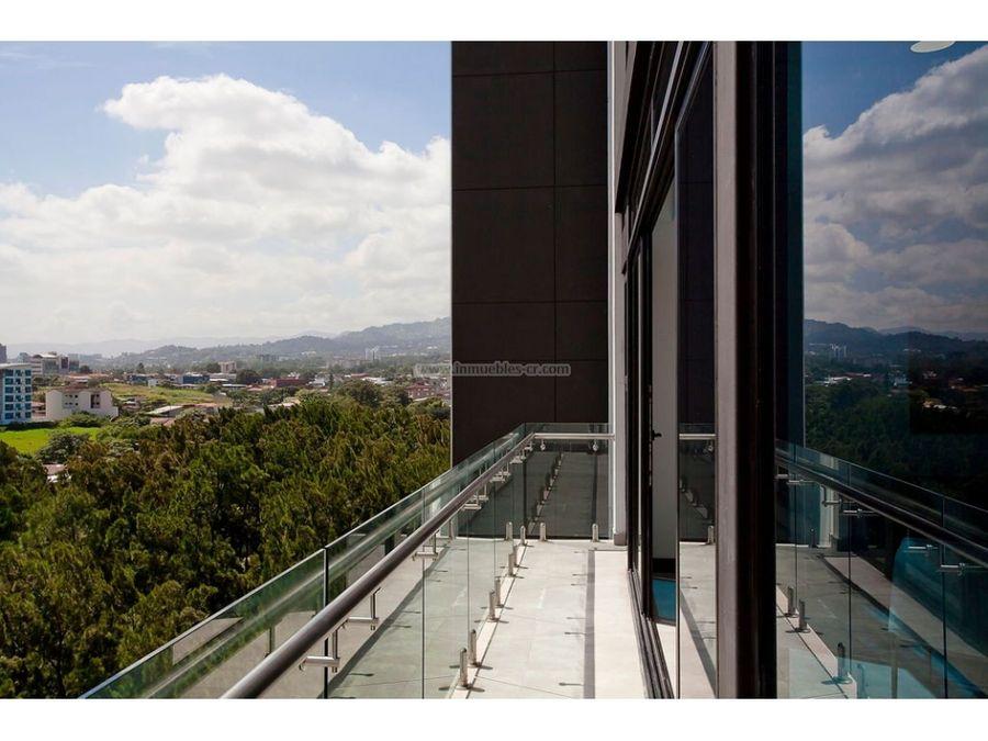 penthouse de tres habitaciones en guachipelin