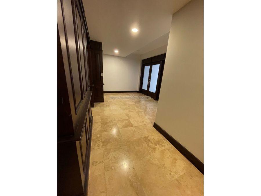 lujoso apartamento de 412m2 en escazu