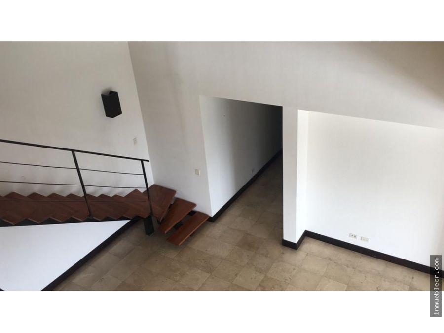 apartamento duplex muy cerca de todo