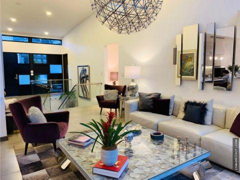 casa lujosa y contemporanea amueblada