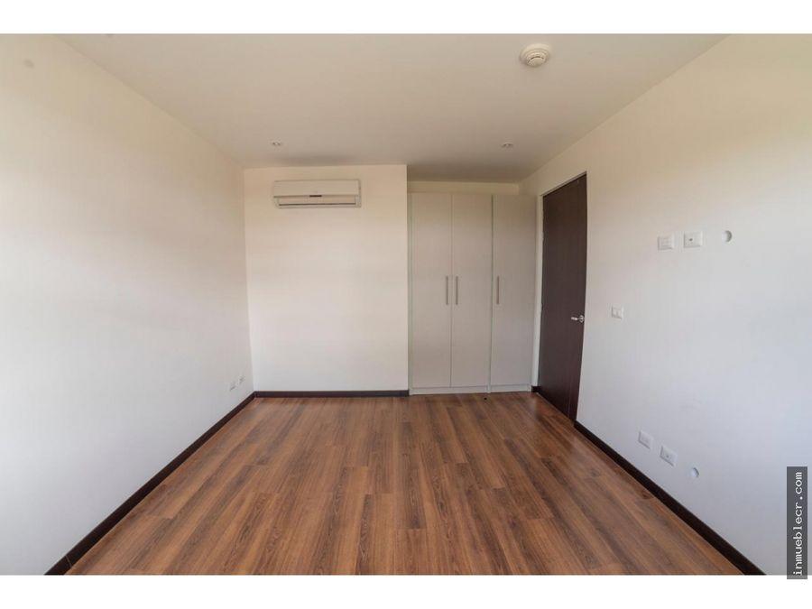 apartamento contemporaneo bien distribuido