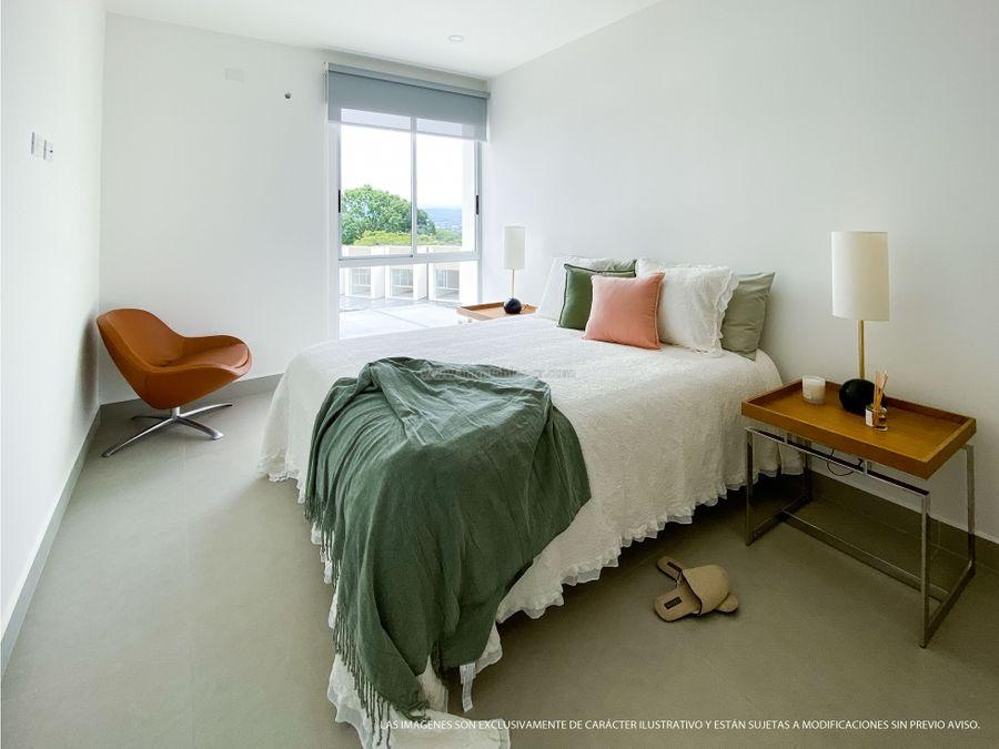 condominio contemporaneo en rio oro santa ana