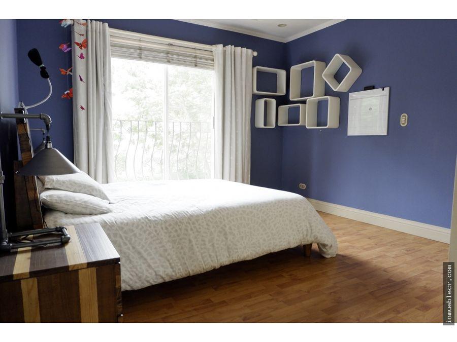 acogedora y comoda casa sin muebles