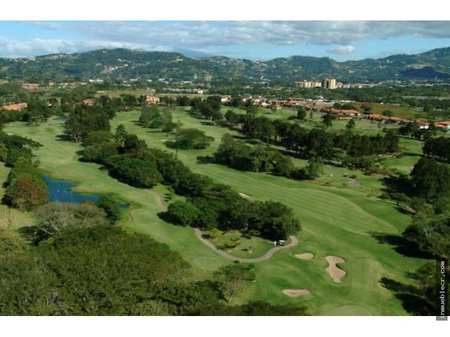 casa en golf community