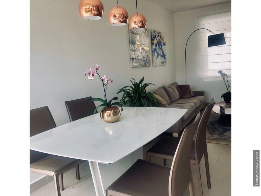 condominio contemporaneo nuevo sin muebles