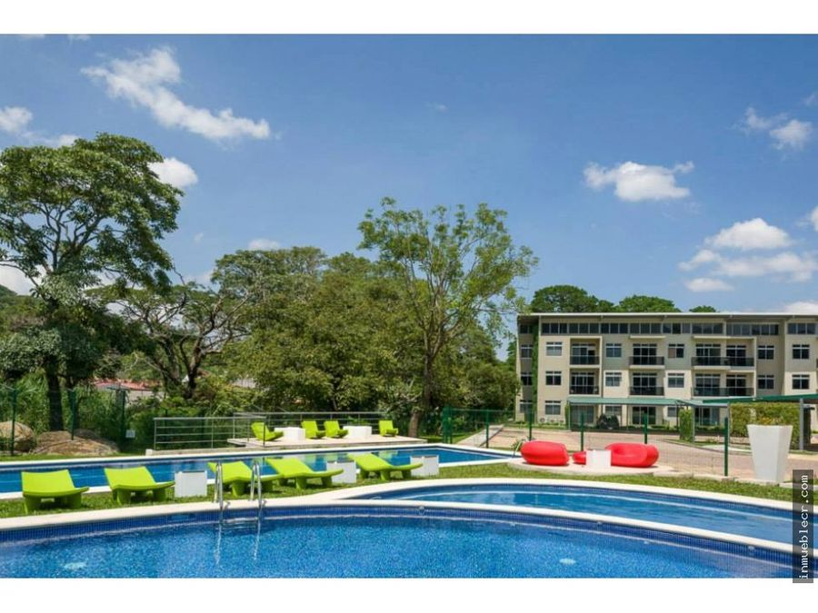 ganga apartamento en riverpark con patio