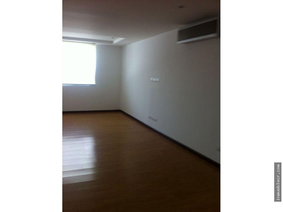 casa con diseno minimalista